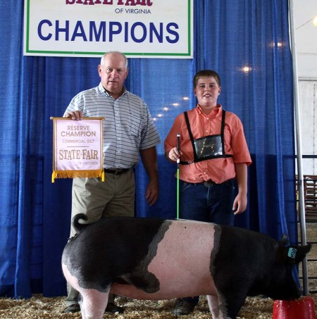 Zach McCall with the Reserve Champion Commercial Gilt at the 2013 Virginia State Fair