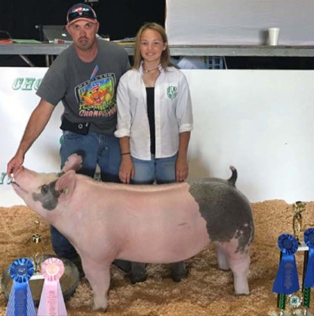 Hannah Pippins with the Grand Champion at the 2017 Chowan, NC 4-H Livestock Show