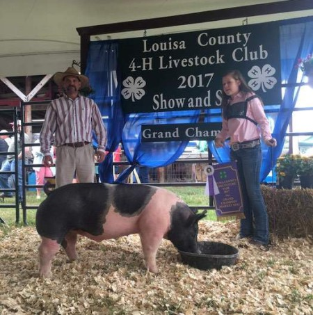 Grace Rose with the Grand Champion at the 2017 Louisa Co., NC Livestock Show
