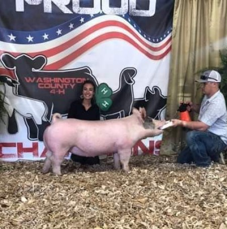 Reagan Glass with the Reserve Champion at the 2019 Washington County, NC Fair